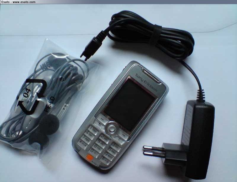 Sony Ericsson C903, French Has a Name
