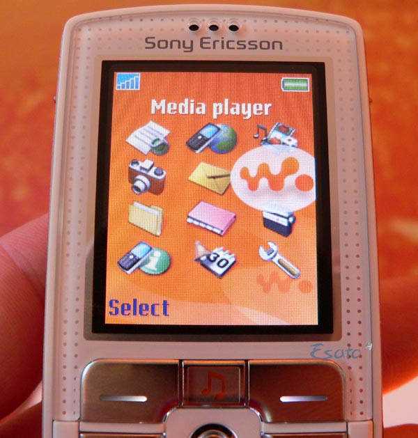 Sony Ericsson W800i And K750i Preview